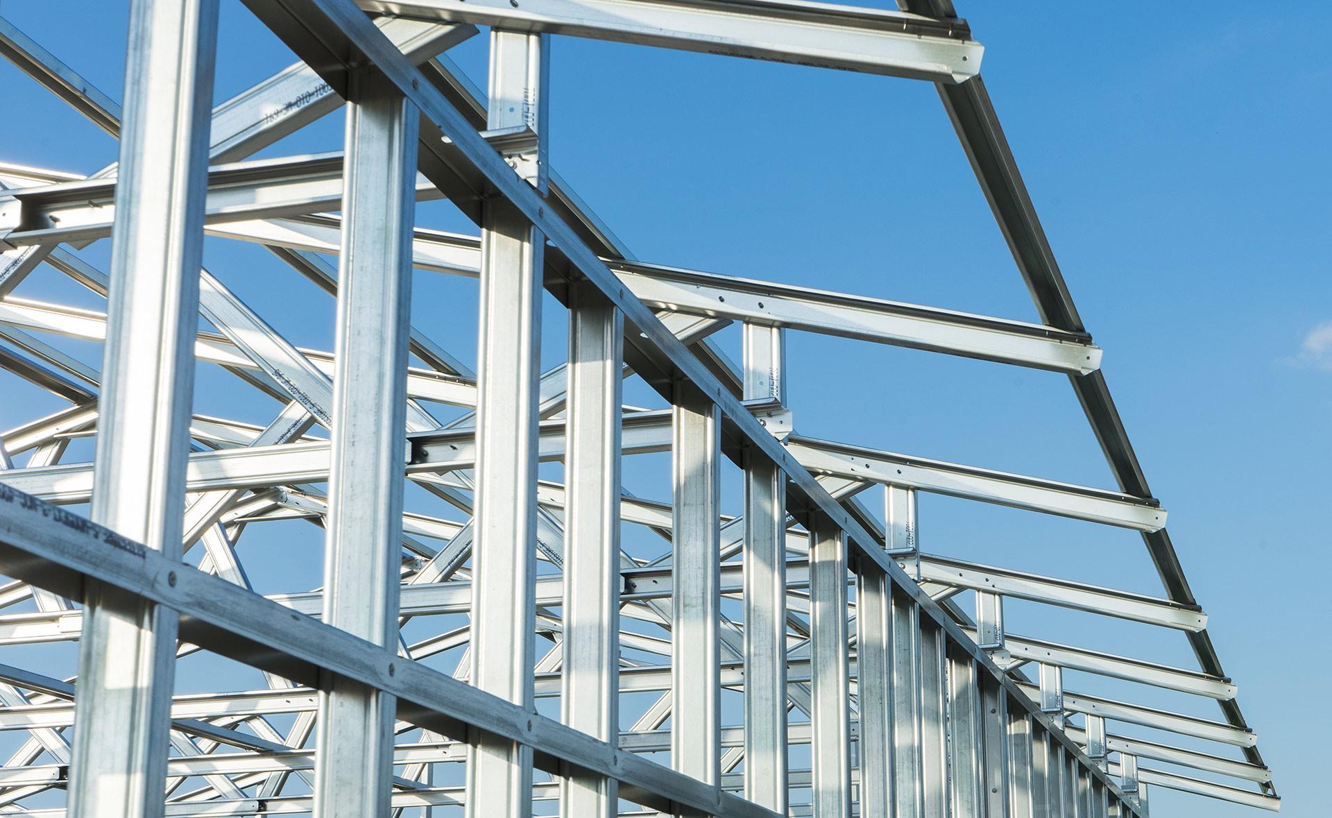 konstrukcja-stalowa-hale-magazynowa-projektowanie